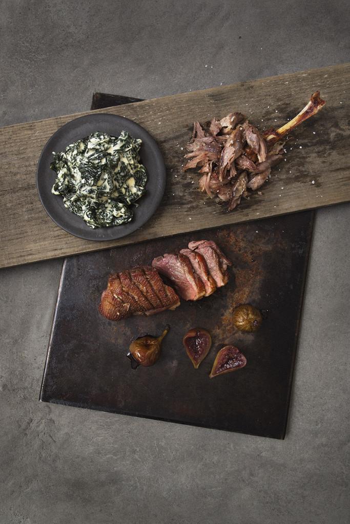 Gås med stuvad svartkål & portvinsfikon Recept: Kristin Johansson Foto: Charlie Bennet