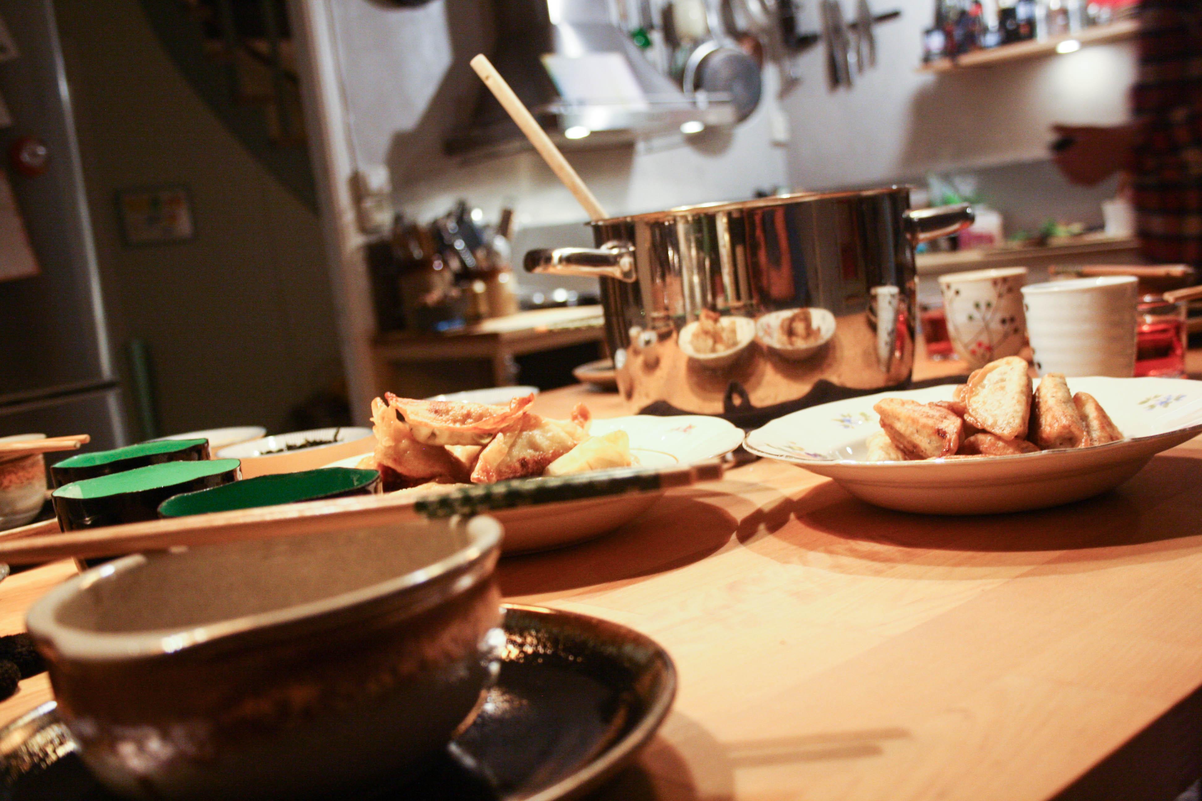 Ramen, dumplings & buljong